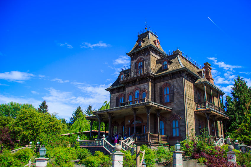 The Phantom Manor en Disneyland París.